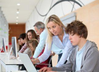Hybride docentschap brengt onderwijs en arbeidsmarkt samen