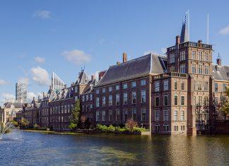 Digitale Binnenhof Academy wil Kamerleden bijscholen